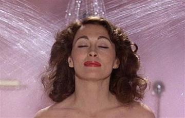5 increíbles beneficios que tiene cantar en la ducha