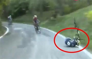 Video: Esteban Chaves sufrió fuerte caída en el Giro de Emilia