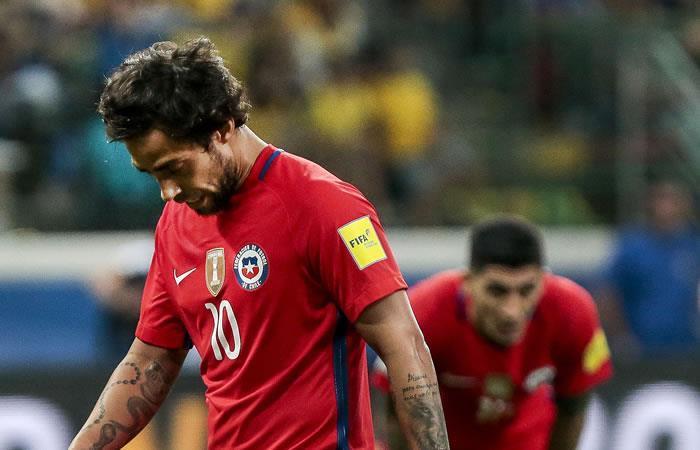 Valdivia de Chile durante el partido contra Brasil. Foto. AFP