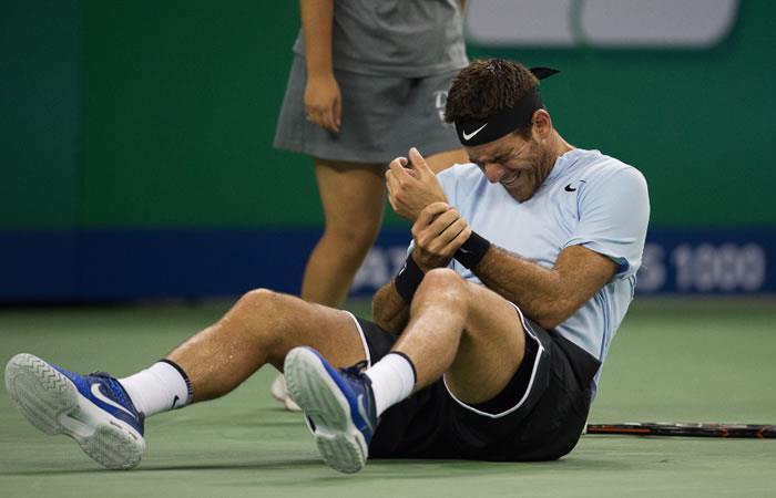 Del Potro sufre dura caída pero avanza a semifinales en Shanghái
