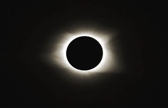 'El Sol y la Luna dejaron de moverse': El eclipse bíblico que reajustaría la historia