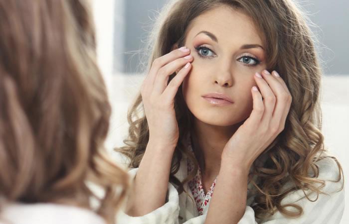 4 tips para combatir las ojeras en casa