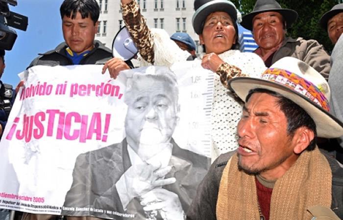 Morales: Exembajadores de EEUU evitaron juicio a Sánchez de Lozada por genocidio
