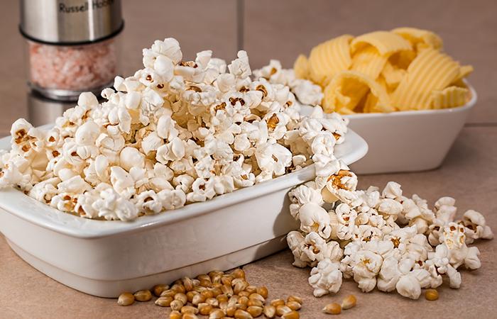 Crispetas: ¿Es bueno o malo prepararlo en el microondas?