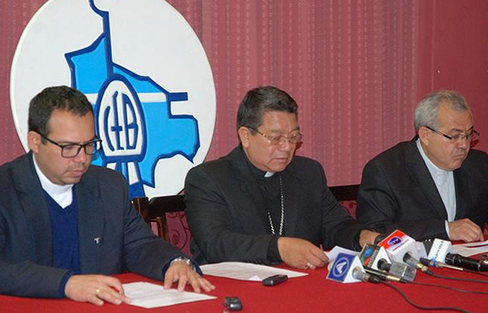 Iglesia afirma que repostulación de Morales abre camino al totalitarismo