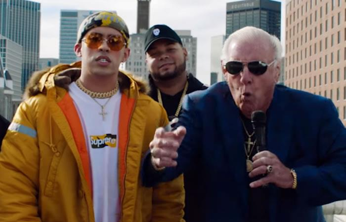 WWE: Ric Flair se une a Bad Bunny en el video de 'Chambea'