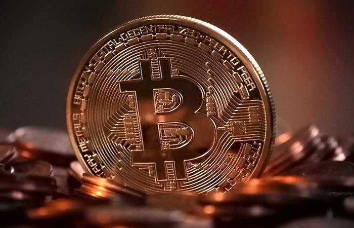 El bitcoin sigue subiendo y supera los 15.500 dólares