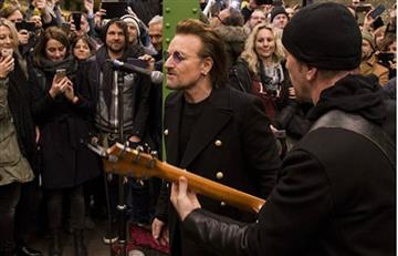 U2 y su anticipado regalo de navidad a los pasajeros del metro de Berlín