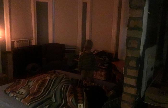 Hombre comparte nuevas imágenes del niño 'fantasma' que lo persigue