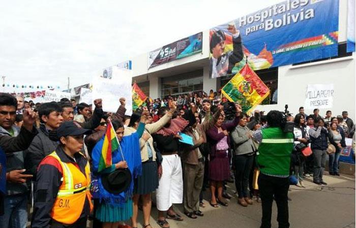 Cochabamba: Instalan feria de atención médica en 14 especialidades