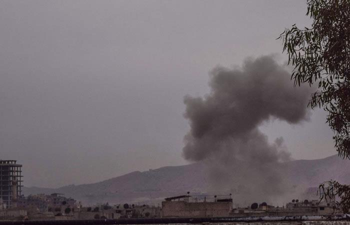 Siria: Por bombardeos mueren 23 civiles a las afueras de Damasco