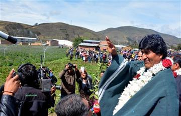 Evo Morales entrega sistema de riego tecnificado en Oruro