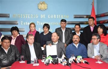 Gobierno y Colegio Médico rubrican acuerdo que pone fin a movilizaciones