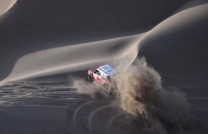 Dakar: Peterhansel y Barreda ganan la 5° etapa mientras que Loeb se despide