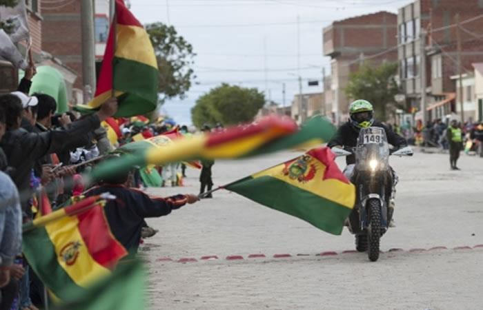 Evo Morales pide a Bolivia recibir con amabilidad a corredores del Dakar