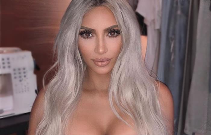 Kim Kardashian semidesnuda en la playa enloquece las redes