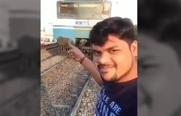 Video: Hombre intenta grabar un 'videoselfi' y termina atropellado por un tren