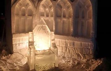 Hombre convierte su jardín en el mundo de Harry Potter en hielo