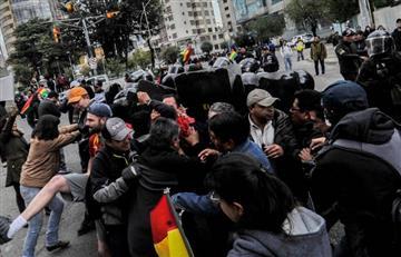 La Paz: Policía dispersa con gases para impedir bloqueos