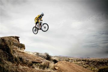 Video: ¿Es posible, bicicletas que vuelan?