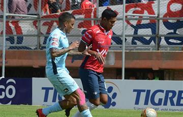 Bolívar cae goleado y cede la punta al Wilstermann