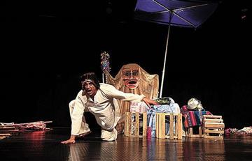 Evo Morales conmemora el Día Mundial del Teatro