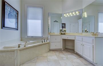 ¿Cómo ganar espacio en baños pequeños?