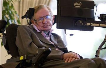 Cientos de familiares y amigos se despiden de Stephen Hawking