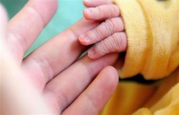 Bebé chino nace cuatro años después de la muerte de sus padres