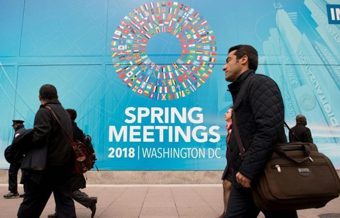 Exterior del FMI en Washington. Foto. AFP.