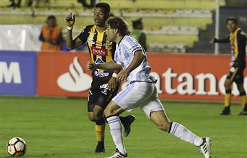Atlético Tucumán y The Strongest luchan por entrar a zona de octavos