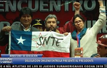 Maestros de Chile reivindican mar para Bolivia en La Paz