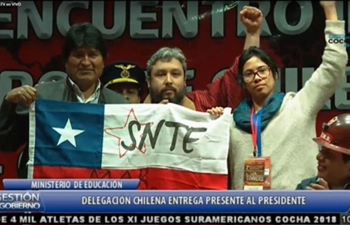 Evo Morales insta a descolonizar la educación en Latinoamérica