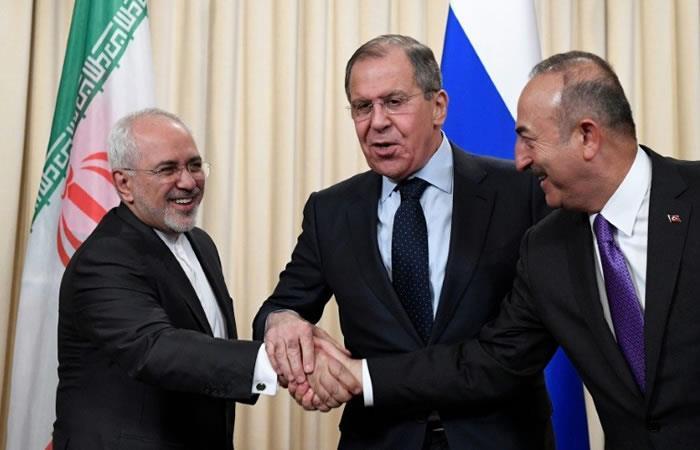 Irán intenta salvar el acuerdo nuclear con diplomacia