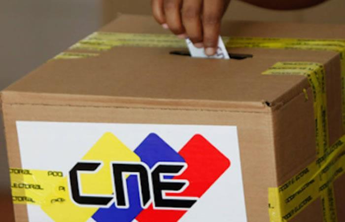 CNE no se pronuncia sobre el cierre de los centros electorales
