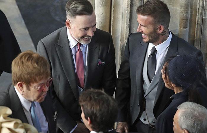 Durante la boda real, David Beckham y Elton John se besaron en la boca