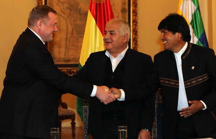Presidentes de Repsol y Gazprom llegan a Bolivia para hablar de inversiones