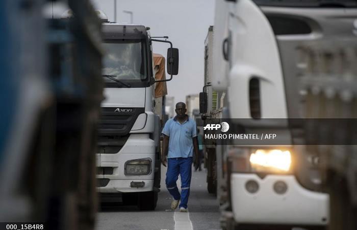 Los camioneros brasileños bloquean. Foto: AFP