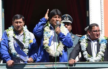 Bolivia firma decreto que facilita la jubilación de más de 80 mil transportistas