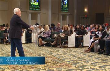 Pastor evangélico pide a sus fieles donaciones por $54 millones para su cuarto jet privado