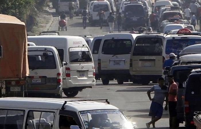 Santa Cruz: Transportistas bloquearán vías el próximo lunes