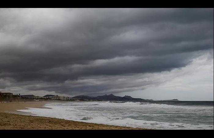 Suspenden clases en zona turística de México ante tormenta. Foto: EFE