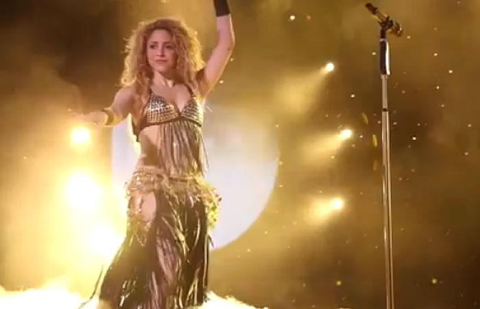 Shakira arrasó en su regreso al escenario en París