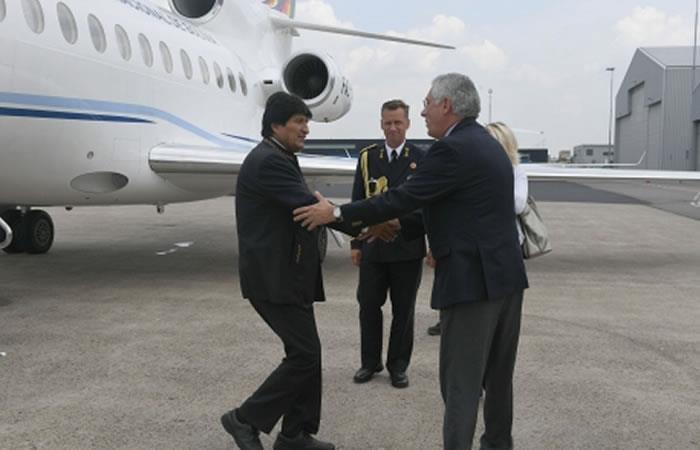 Así fue recibido Evo Morales en La Haya. Foto: ABI