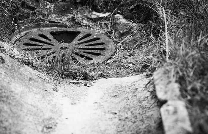 Foto: Pixabay. Alcantarilla se vuelve 'paranormal'.