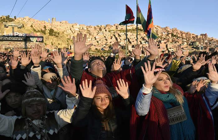 Bolivia recibe el año 5526 con ofrendas. Foto: AFP