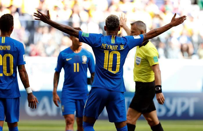 Casi que no entra, Brasil lo intentó y al final le ganó a Costa Rica