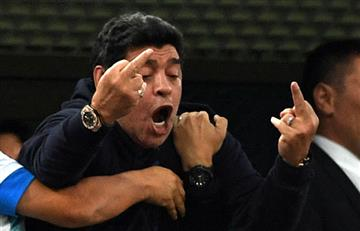 Maradona pasó de un vergozonso show en el estadio al hospital