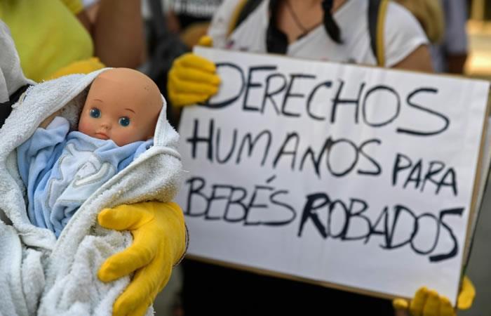 España: Apertura del primer juicio de los bebés robados por el franquismo