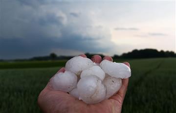 Video: Cae granizo del tamaño de bolas de golf en el sur de Rusia